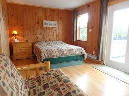 rooms and amenities book a cabin accommodation in ucluelet