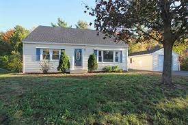 2 Bedroom House To Rent In Plaistow Plaistow Nh Real Estate For Sale Homes Condos Land And