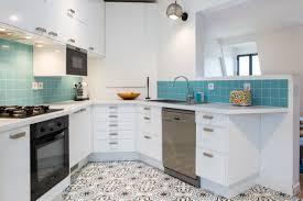 cuisine bleue et blanche gallery of cuisine bleu et taupe cuisine bleu turquoise et
