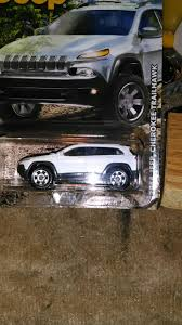 toy jeep cherokee matchbox toy car die cast and wheels 2014 jeep cherokee