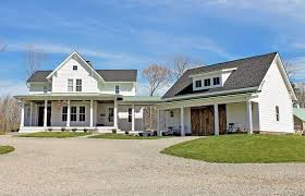 two farmhouse house plan one or two craftsman country farmhouse 4 bedroom