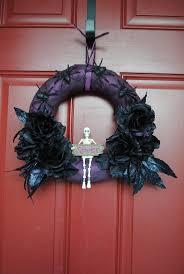 Scary Halloween Wreaths 197 Best Halloween Wreaths Swags U0026 Door Wall Hangers Images On
