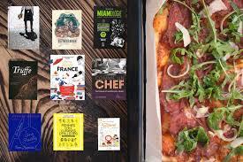 livre de cuisine gordon ramsay 9 livres de cuisine que gordon ramsay vous conseillerait s il