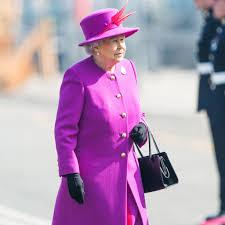 Queen Elizabeth by Queen Elizabeth U0027s Coat Style Popsugar Fashion
