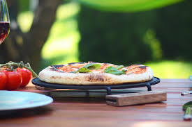 Stovetop Pizza Oven Ironate Stovetop Pizza Pan Hiconsumption