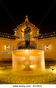 water fountain at the country club plaza kansas city missouri