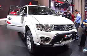 mitsubishi old models this is new mitsubishi montero or mitsubishi pajero sport 2016