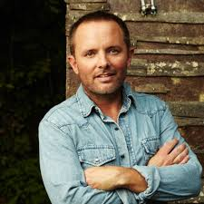 Home Chris Tomlin by Chris Tomlin Radio Listen To Free Music U0026 Get Info Iheartradio