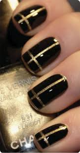 black and gold nails nails pinterest nail beauty and make up