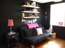 room with black walls heather jo s friendly room with accents of pink