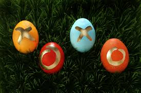 how to decorate easter eggs using stuff you already have in your