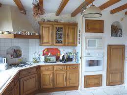 repeindre sa cuisine rustique repeindre des meubles de cuisine repeindre sa cuisine avant apres