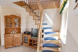 treppe spitzboden 3 zimmer wohnung zum verkauf hafenstr 37 18375 prerow