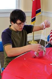 borderless arts tennessee selected to create ornaments for