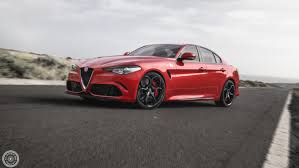 voiture de sport 2016 quel constructeur dessine les plus belles voitures