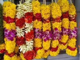 flowers garland hindu wedding fresh garlands available view flower garland