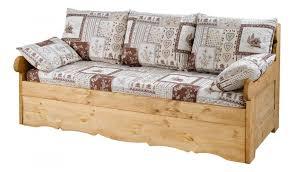 lit canapé gigogne canapé lit gigogne montagne décoration d intérieur table basse et