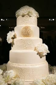 wedding cake lace wedding cakes pretty wedding confections with lace patterns