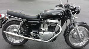 suzuki motorcycle black suzuki st400 tempter 1 jpg 1600 899 moto classic pinterest