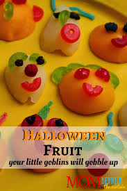 halloween food monster fruit u2022 mom behind the curtain