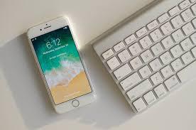 Meme Keyboard Iphone - iphone 8 vs galaxy s8 spec comparison digital trends