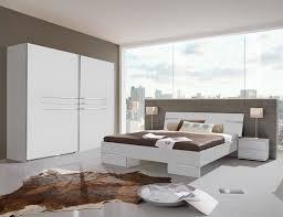 chambre chez but chambres a coucher adultes chez but chambre idées de décoration