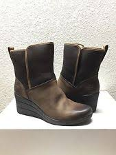 ugg australia womens emalie brown stout leather ankle boot 7 ebay ugg australia womens renatta stout leather wedge boots us