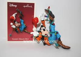 hallmark 2003 disney goofy helps out ornament qxd5037