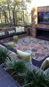 Patio Design Ideas For Small Backyards by Best 25 Small Backyard Design Ideas On Pinterest Small