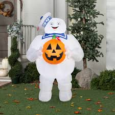 halloween inflatable gemmy airblown inflatable 5 u0027 x 3 u0027 ghostbusters stay puft with