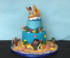 themed cakes story moana and 17 more disney themed cakes every fan would