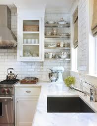 kitchens with subway tile backsplash travertine subway tile kitchen backsplash ideas kitchentoday