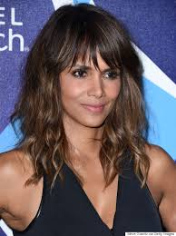 harry berry hairstyle halle berry rocks long wavy hair and a little black dress huffpost