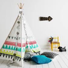 d馗oration indienne chambre tipi indien pour déco de chambre d enfant