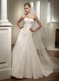 designer wedding dresses 2010 75 best designer wedding dresses images on wedding