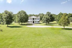 plantation style home stunning plantation style home on over 3 acres 13924 oak berry
