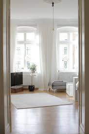 großes bild wohnzimmer 17 best images about altbau großes wohnzimmer on grey