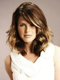 Modern Shoulder Length Haircuts Medium Layered Haircut For Wavy Hair Hairstyles Medium Hair