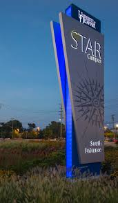 Outdoor Lighted Signs For Business by Best 25 Pylon Sign Ideas On Pinterest Directional Signage