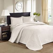 Grey Quilted Bedspread Bed U0026 Bedding Grey White Bedspread Sets With Lovely Pattern For