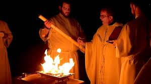 vigil lights catholic church easter triduum easter vigil part 3 lighting of the paschal candle