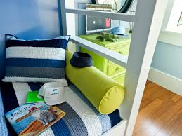 bunk bed niche with happy beach inspired color palette