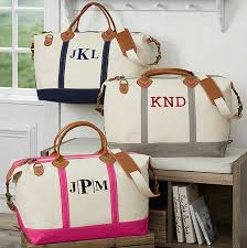 bridesmaids bags personalized gifts for bridesmaids and groomsmen wedding planning