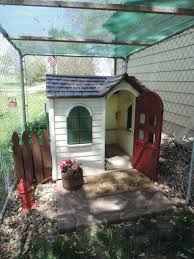 Extra Large Igloo Dog House Play House Turned Dog House Someone Was Throwing Away This