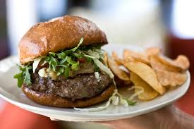 burger orders lunch visitors increase at casual dining fast food