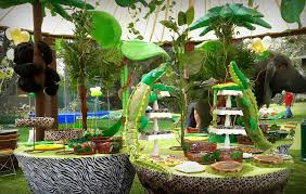 jungle themed birthday party jungle theme birthday party decorations