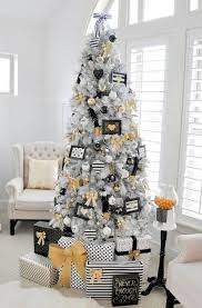 modern christmas tree 40 modern christmas decorations ideas all about christmas