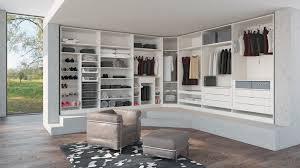 Schlafzimmer Mit Begehbarem Kleiderschrank Funvit Com Kücheninseln Buche