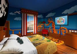 alton towers cbeebies land hotel themed bedrooms unveiled swashbuckle cheer ahhh haaaa the swashbuckle room at the cbeebies land