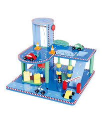 Wooden Toy Garage Plans Free by Top 25 Best Wooden Toy Garage Ideas On Pinterest
